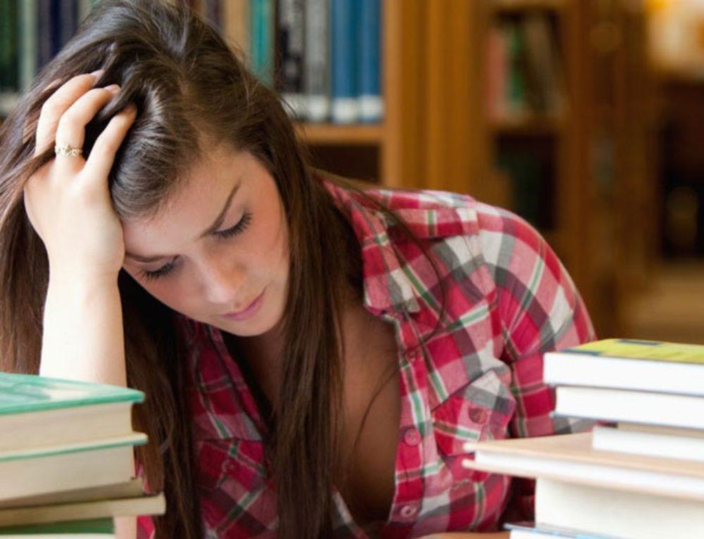 Το άγχος των εξετάσεων και πως μπορεί να βοηθήσει η Κλινική Υπνοθεραπεία
